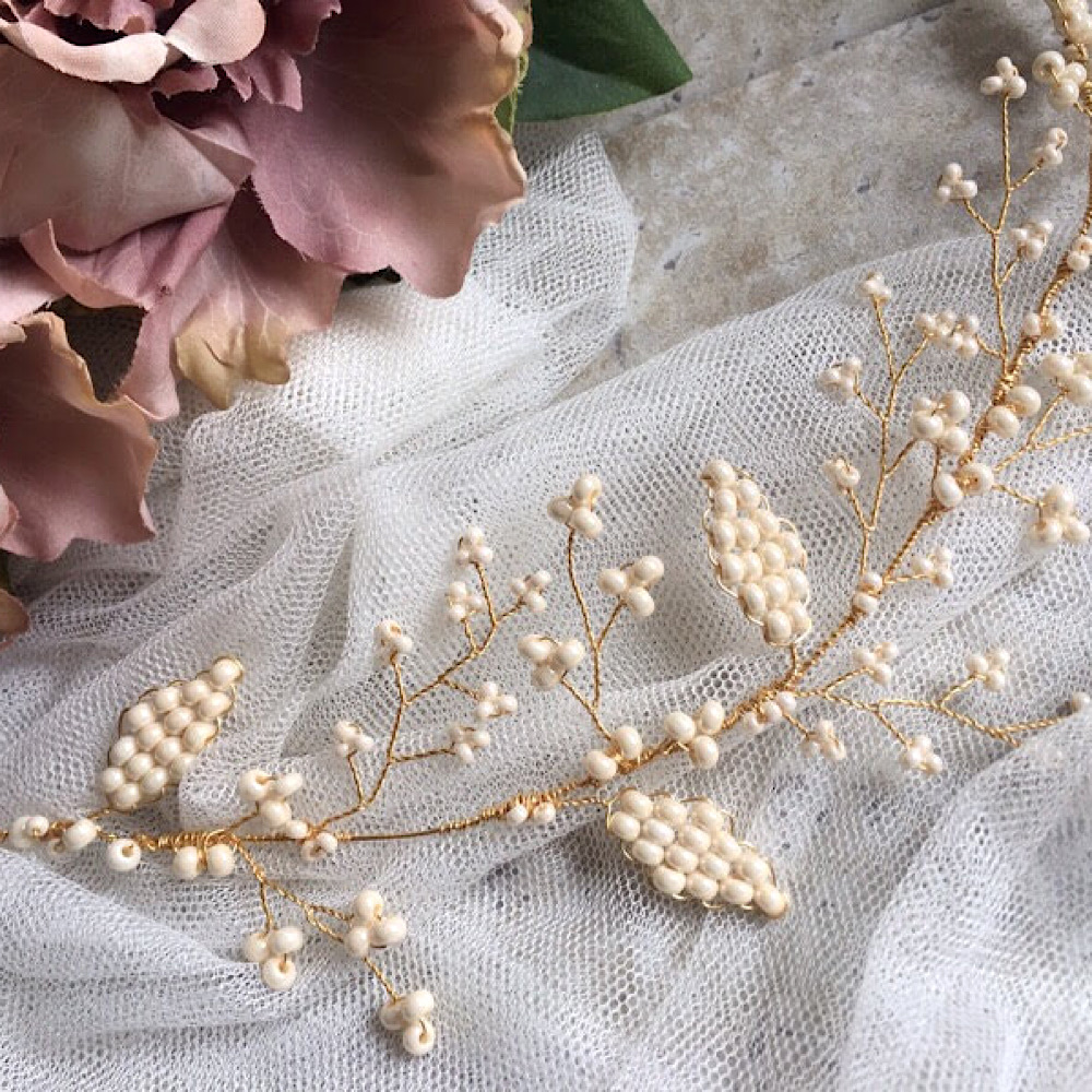 Cream Beaded Vine