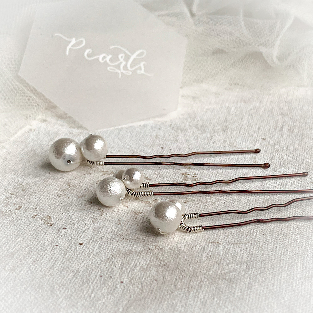 Pearl hair accessories for the East Midlands