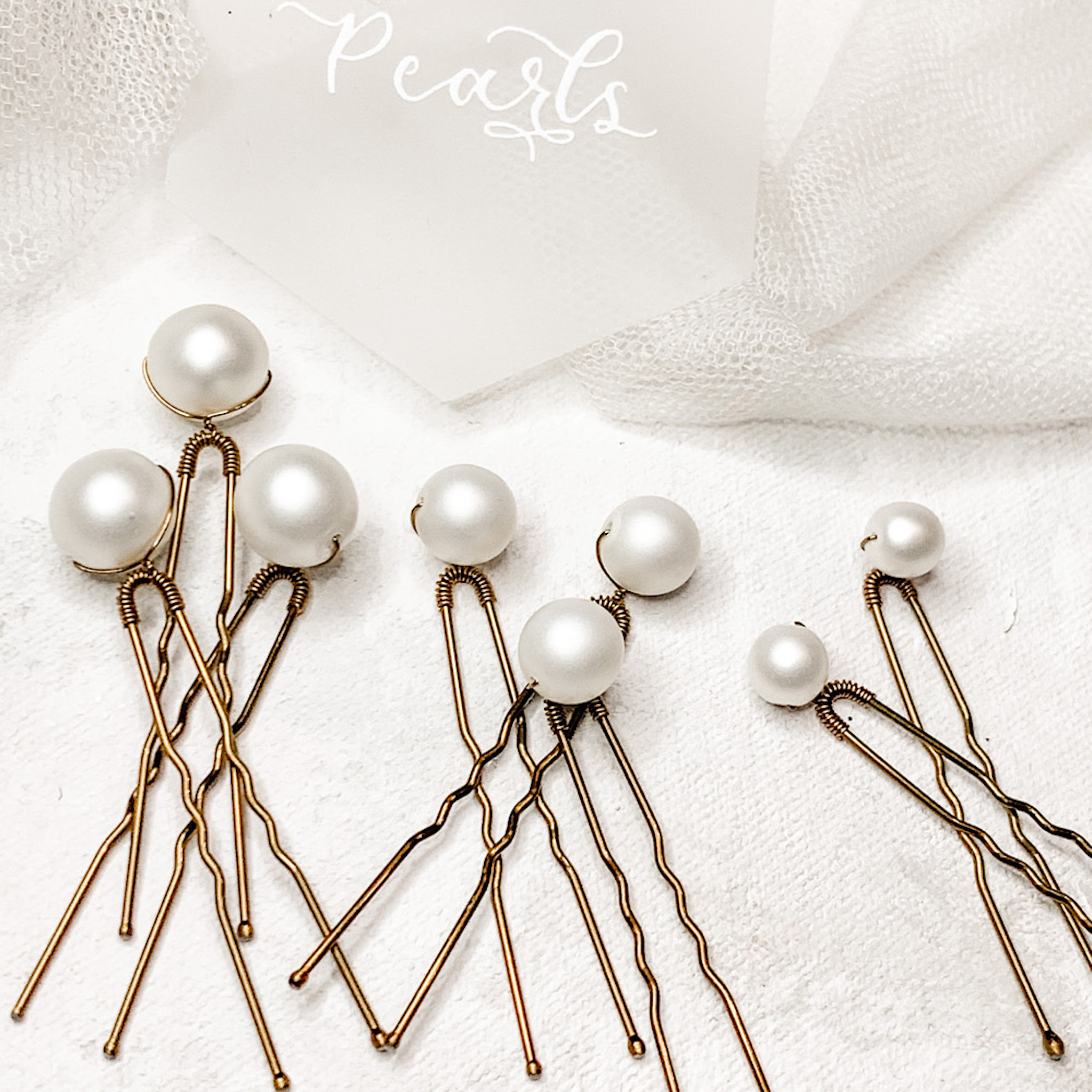 Frosted Pearl Pin Set